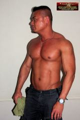 Asian musclehunk Lawrence 6