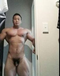 Nude bodybuilder pictures