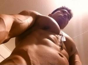 muscularmale256'\'s Avatar