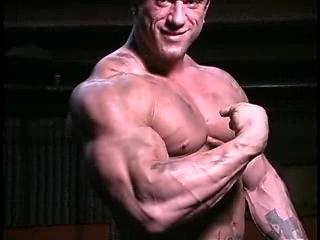 Tatoo bodybuilder worhsip