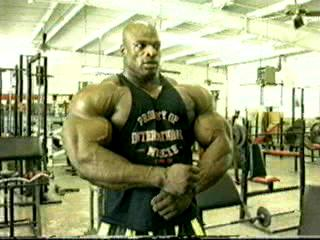 Ronnie Coleman poses in the gym