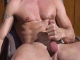 Musclehunk jerking