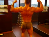 Young bodybuilder posing 2/2