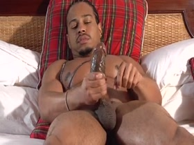 Castro caliente naked