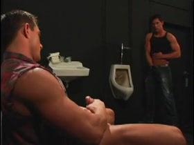 Muscle Worship and Nasty Mansex in the Toilet