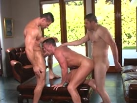 muscle hunk sex threesome (Josh Weston, Robert Van Damme and Brad Rock)
