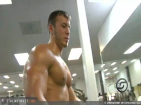 Pecs and Bis at the gym 1