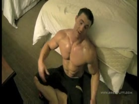 Greg Plitt Workout 1 - Hotel