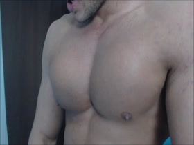 DEMAND YOU TO WORSHIP MY PECS ARMPITS AND COCK.