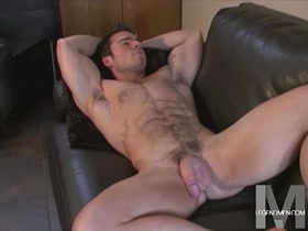 Max Wheeler: Hung Muscle JO