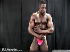 Bodybuilder and Penis Moment