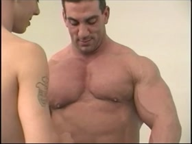 Muscle worship with Tom Katt and Stonie