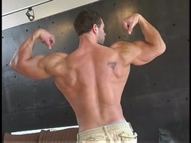 Perfect Muscle Stud Masturbates and Cums