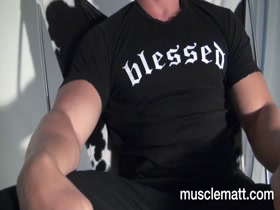 Kyle: Muscle Show Off movie #76 Worshiped Seduced