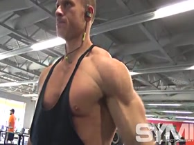 Bodybuilder Ben Haag 1 week after contest