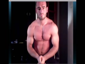 Victor flexer cums again mymusclevideo