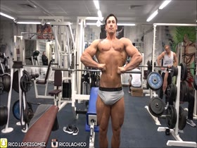 Rico Lopez Gomez muscle and bulge posing