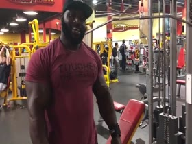 Mass Monster Akim Williams: Back Attack