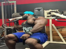 Akim Works Shoulders