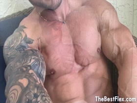 MUSCLE CAM !  PETER RUSSELL