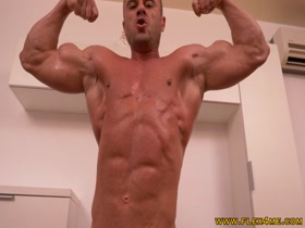 Dave: Ripped And Vascular Bodybuilder