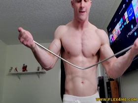 Massive Biceps bending a steel rod