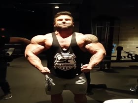 monster muscle at gym 2