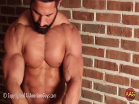 Young Bodybuilder posing 1