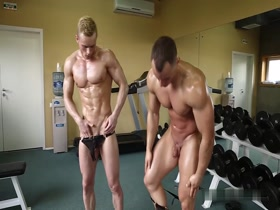 Naked muscle