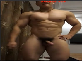 China Champion Bodybuilder Tricked Jerk Off For HER