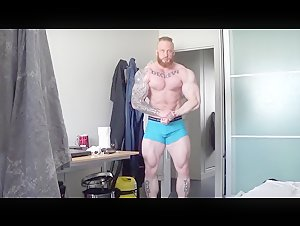 Viking bodybuilder